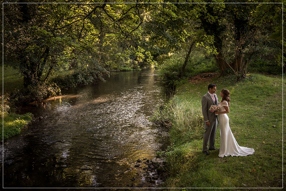 bride and groom outdoor ceremony Notley Abbey